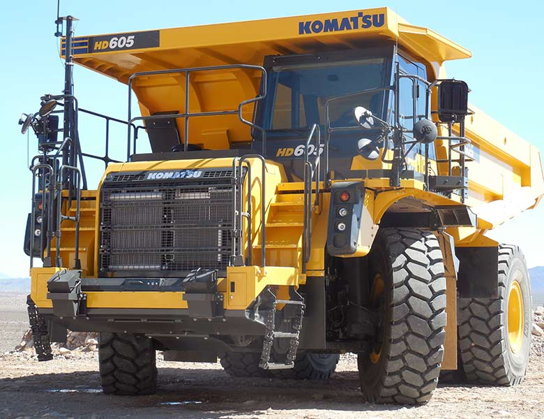 Komatsu tipptruck HD605-8